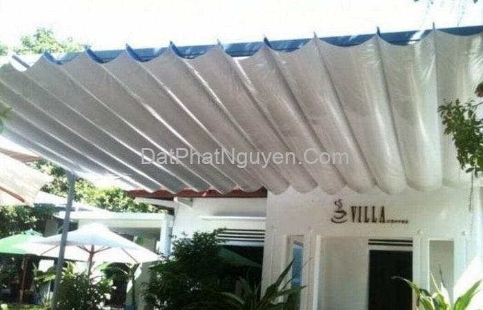 Bạt mái kéo hiện đang là sản phẩm giúp che nắng mưa hiệu quả, tiện ích nhất hiện nay trên thị trường.